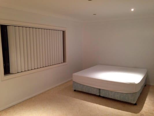 $180, Share-house, 4 bathrooms, Cullen Drive, Kiama Downs NSW 2533