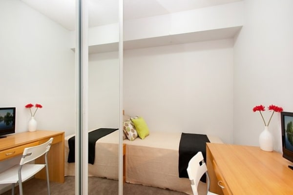 $175, Flatshare, 2 bathrooms, Swanston Street, Carlton VIC 3053