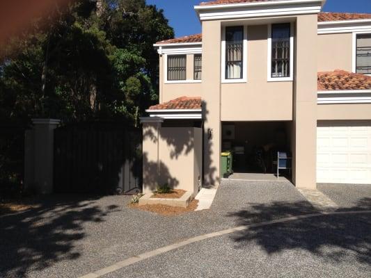 $220, Share-house, 3 bathrooms, Elliott Street, Surfers Paradise QLD 4217