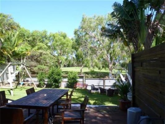 $170, Share-house, 4 bathrooms, Benowa Road, Southport QLD 4215