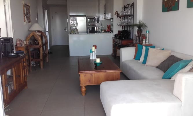 $220, Flatshare, 2 bathrooms, Marine Parade, Southport QLD 4215