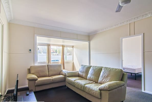 $190, Student-accommodation, 1 bathroom, Annerley Road, Annerley QLD 4103