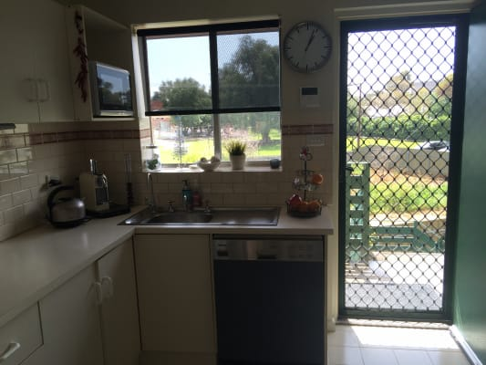 $175, Flatshare, 2 bathrooms, Stephen Terrace, Walkerville SA 5081