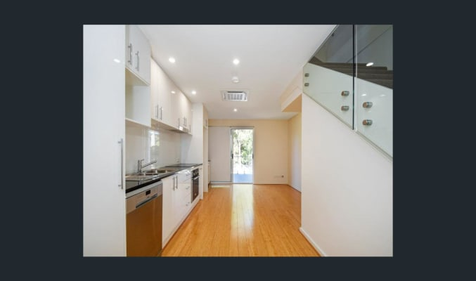 $210, Flatshare, 2 bathrooms, Alfonso Street, North Perth WA 6006