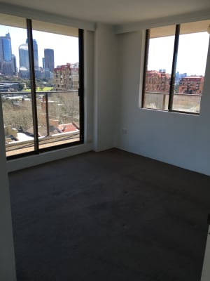 $420, Flatshare, 2 bathrooms, Springfield Avenue, Potts Point NSW 2011
