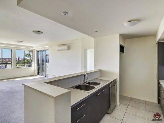 $260, Flatshare, 2 bathrooms, Riverwalk Avenue, Robina QLD 4226