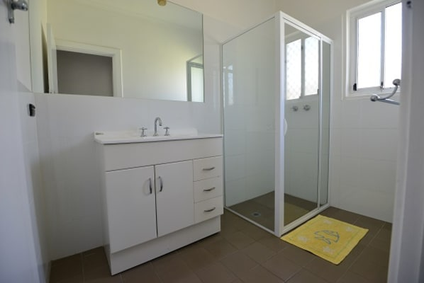 $165, Share-house, 4 bathrooms, Fourth Avenue, Klemzig SA 5087