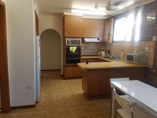 $220, Share-house, 3 bathrooms, Edward Street, Brunswick VIC 3056