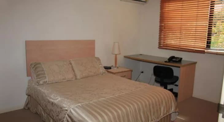 $190, Share-house, 3 bathrooms, Barrett Street, Robertson QLD 4109