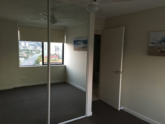 $190, Flatshare, 2 bathrooms, Gold Coast Highway, Burleigh Heads QLD 4220