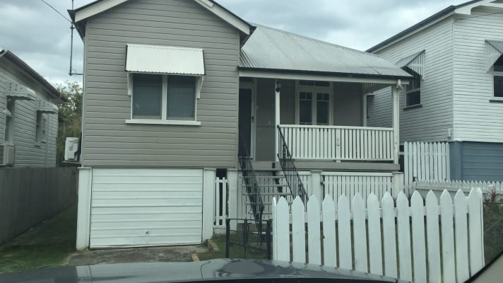 $190, Homestay, 4 bathrooms, Cotton Street, Shorncliffe QLD 4017