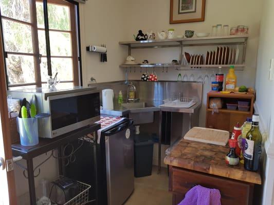 $300, Studio, 1 bathroom, Emily Street, Deagon QLD 4017