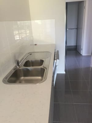 $125, Flatshare, 2 bathrooms, Union Road, Glenroy NSW 2640