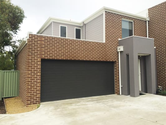 $135, Share-house, 3 bathrooms, Stanbury Avenue, Canadian VIC 3350