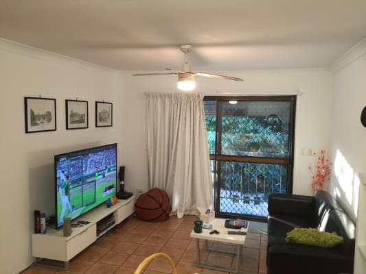 $160, Flatshare, 2 bathrooms, Brighton Street, Biggera Waters QLD 4216