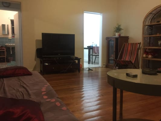 $600, Whole-property, 2 bathrooms, William Street, Balaclava VIC 3183