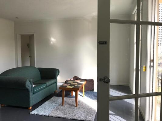 $275, Flatshare, 3 bathrooms, MacKenzie Street, Melbourne VIC 3000