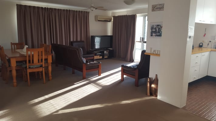 $170, Flatshare, 2 bathrooms, Scott Street, Coolangatta QLD 4225