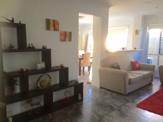 $255, Share-house, 4 bathrooms, Stradbroke Avenue, Wynnum QLD 4178