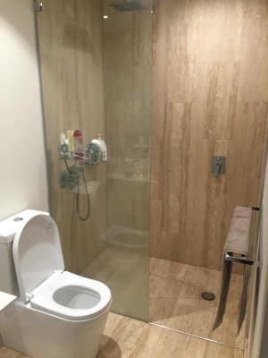 $190, Flatshare, 3 bathrooms, The Boulevard, Carrara QLD 4211