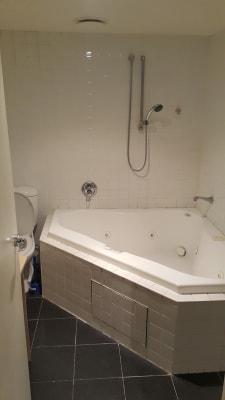 $350, Flatshare, 4 rooms, Cohen Place, Melbourne VIC 3000, Cohen Place, Melbourne VIC 3000