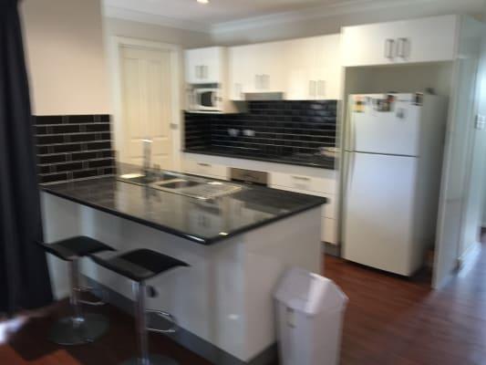 $200, Homestay, 3 bathrooms, Kelsey Road, Noraville NSW 2263