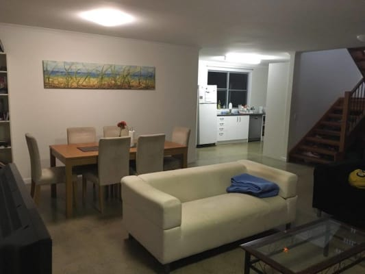 $240, Share-house, 4 bathrooms, Mark Lane, Kangaroo Point QLD 4169