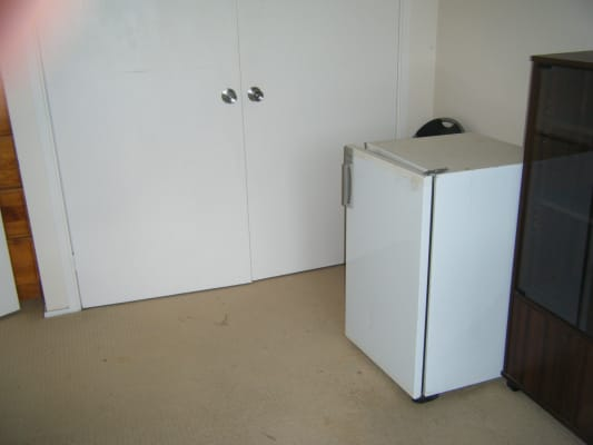 $300, Share-house, 3 bathrooms, Sublime Point Avenue, Tascott NSW 2250
