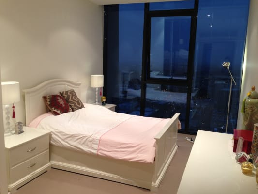$290, Whole-property, 2 bathrooms, Therry Street, Melbourne VIC 3000