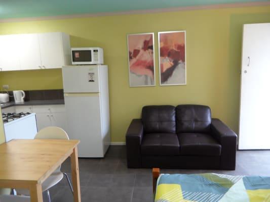 $480, Studio, 1 bathroom, Jackson Street, Saint Kilda VIC 3182