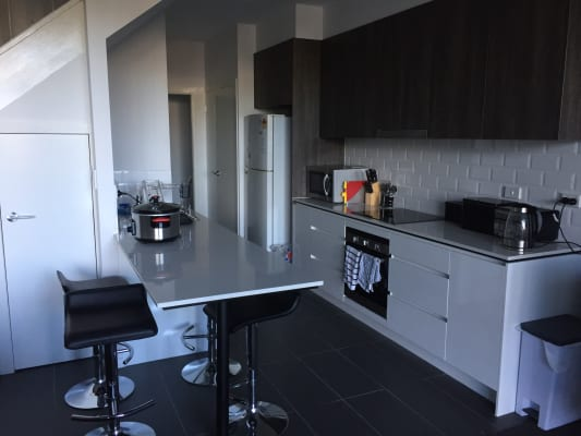 $180, Flatshare, 3 bathrooms, Jordan Street, Greenslopes QLD 4120