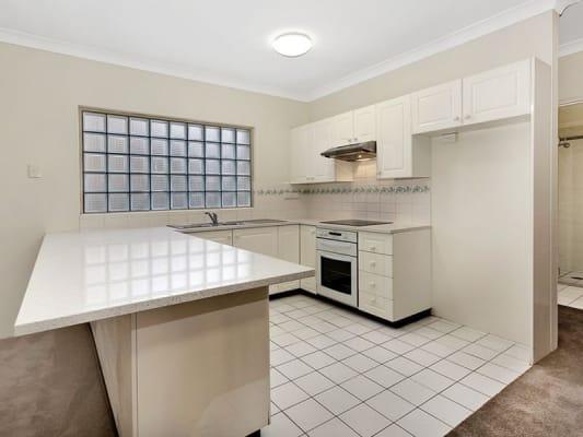 $250, Flatshare, 2 bathrooms, Foamcrest Avenue, Newport NSW 2106
