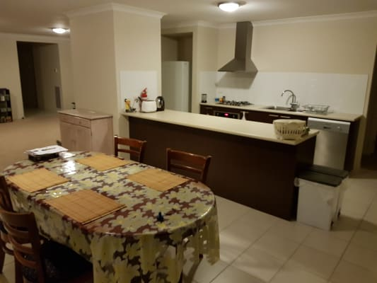 $160, Share-house, 4 bathrooms, Kosciuszko Crescent, Shepparton North VIC 3631