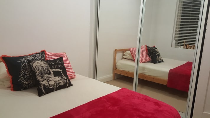 $695, Whole-property, 2 bathrooms, Wellington Street, Bondi NSW 2026
