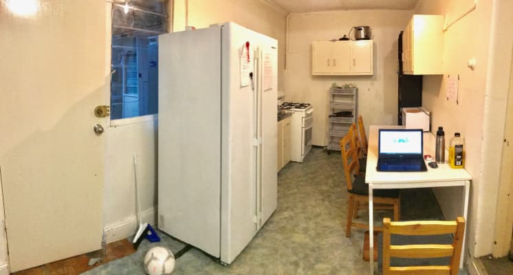 $165, Share-house, 3 bathrooms, Little Bloomfield Street, Surry Hills NSW 2010