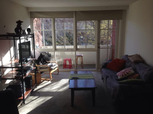 $210, Flatshare, 2 bathrooms, Powlett Street, East Melbourne VIC 3002