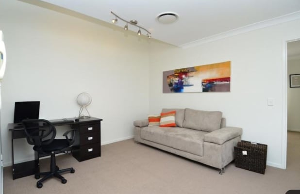$230, Share-house, 3 bathrooms, Dolphin Avenue, Mermaid Beach QLD 4218
