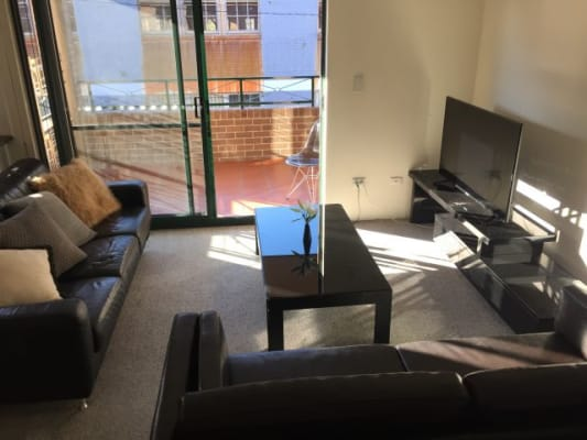 $195, Flatshare, 2 bathrooms, Dangar Place, Chippendale NSW 2008