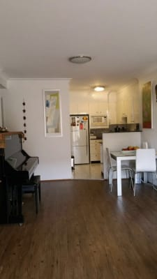 $330, Flatshare, 3 bathrooms, Mount Street, Coogee NSW 2034