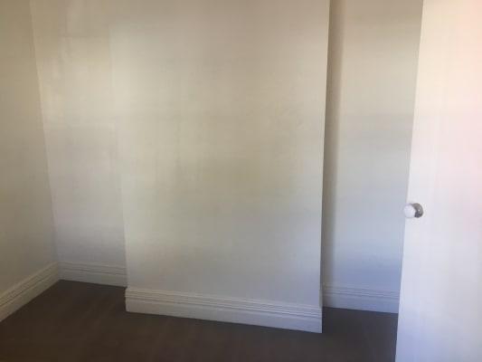 $300, Share-house, 2 bathrooms, Napier Street, Fitzroy VIC 3065