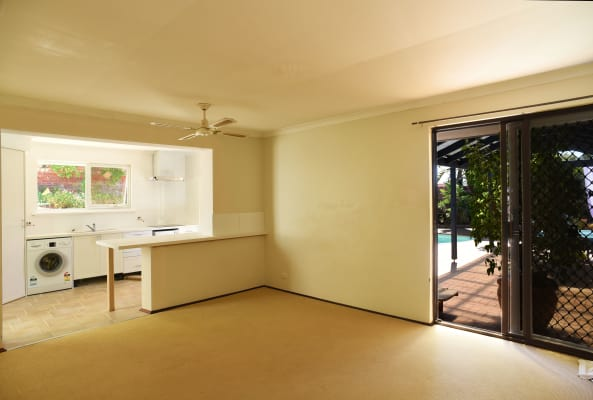 $260, Share-house, 4 bathrooms, David Crescent, Hillarys WA 6025