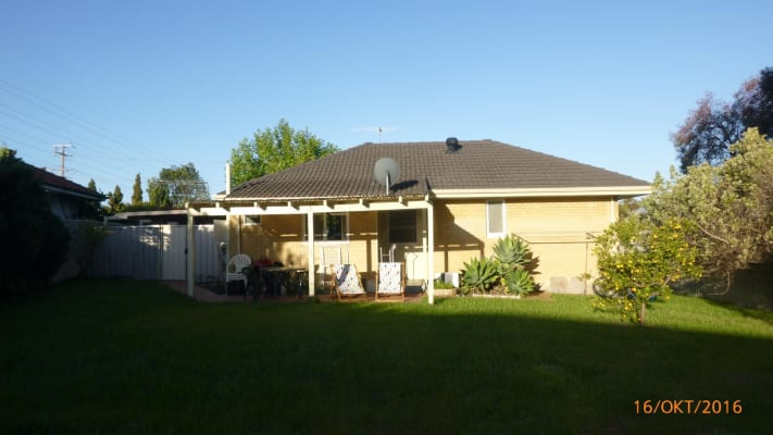 $130, Share-house, 3 bathrooms, Simons Street, Coolbellup WA 6163