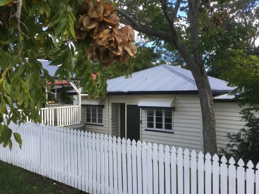 $220, Share-house, 3 bathrooms, Taringa Parade, Indooroopilly QLD 4068