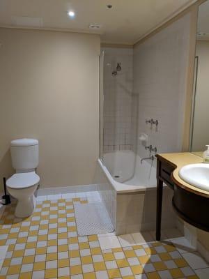 $300, Flatshare, 3 bathrooms, Spencer Street, Melbourne VIC 3000
