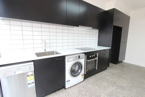 $260, Flatshare, 2 bathrooms, Mugg Lane, North Melbourne VIC 3051