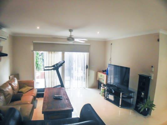 $160, Homestay, 5 bathrooms, Longfield Way, Narre Warren South VIC 3805