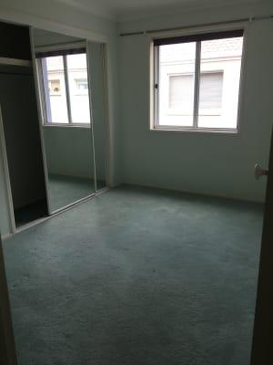 $183, Flatshare, 2 bathrooms, Australia Avenue, Broadbeach QLD 4218