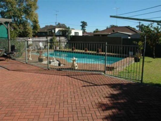 $185, Share-house, 3 bathrooms, Scott Road, Colyton NSW 2760