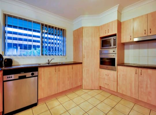 $165, Share-house, 3 rooms, Seanna Place, Brookwater QLD 4300, Seanna Place, Brookwater QLD 4300