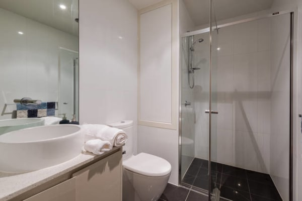 $295, Flatshare, 2 bathrooms, Nott Street, Port Melbourne VIC 3207
